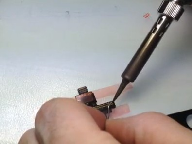 iPad Mini Digitizer IC Connector Soldering 3